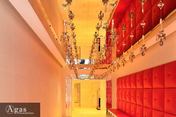 yoo Berlin - Am Zirkus 1 - Eingangsbereich & Concierge