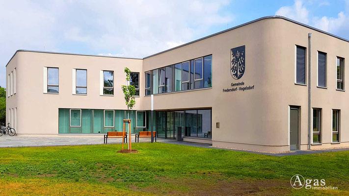 Fredersdorf-Vogelsdorf - Verwaltungsgebäude der Gemeinde