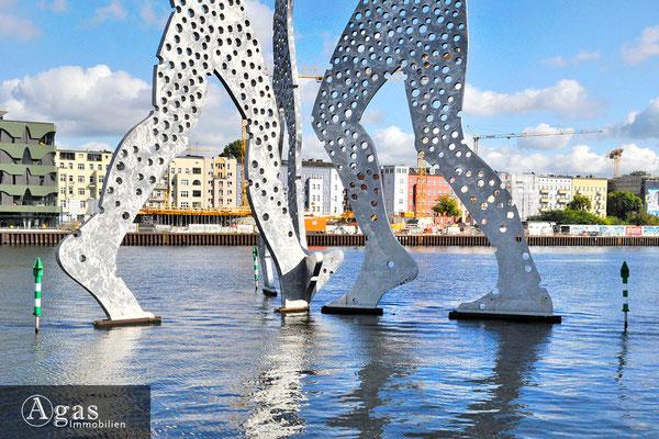 WAVE waterside living berlin - Am Molecular Man & Blick zur Baustelle