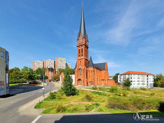 Immobilienmakler Frankfurt (Oder) - Die Heilig-Kreuz-Kirche a.d. Franz-Mehring-Straße
