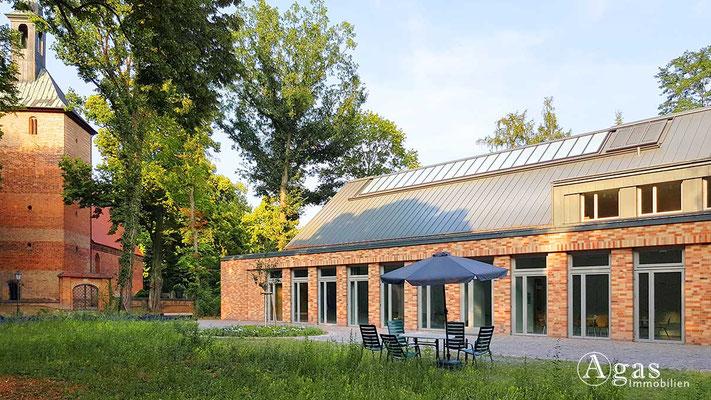 Makler Kleinmachnow - Gemeindehaus der Ev. Auferstehungs-Kirchgemeinde Kleinmachnow