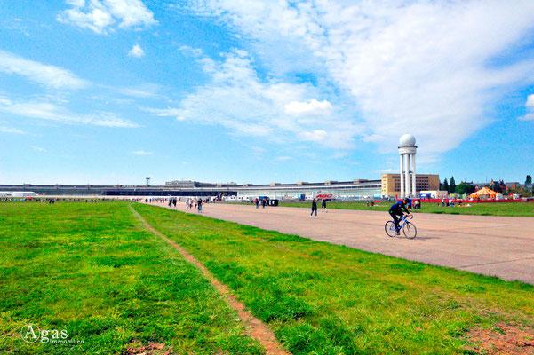 Berlin-Tempelhof - ehemal. Flughafen Tempelhof