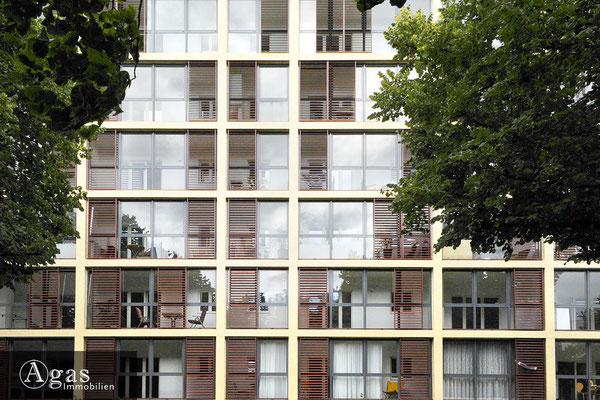 Aschaffenburger 23-24, Fassadenansicht mit Wintergärten