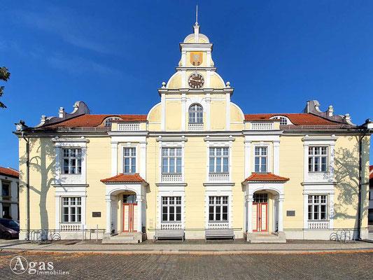 Immobilienmakler Eisenhüttenstadt - Altes Rathaus (OT Fürstenberg, Oder)