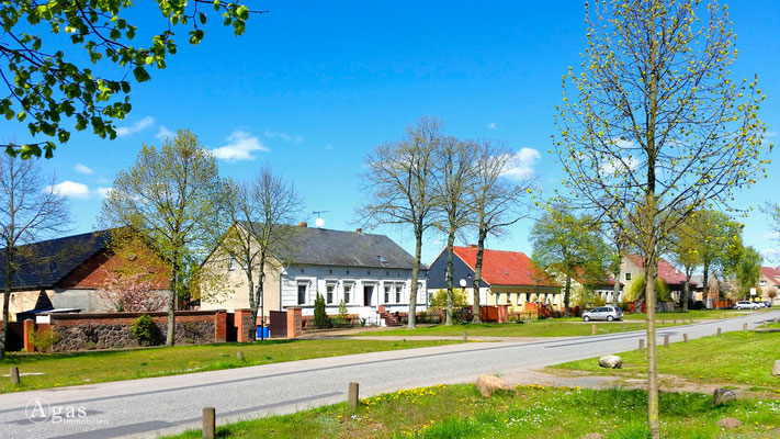Kraatz, Dorfstrasse