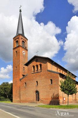 Potsdam-Mittelmark-Saarmund - Ev. Saarmunder neuromanische Kirche
