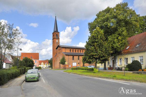 Potsdam-Mittelmark-Saarmund - Ev. Saarmunder neuromanische Kirche (2)