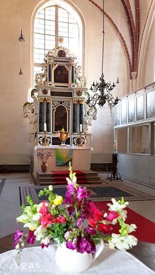 Immobilienmakler Kremmen - Barocker Altar der Nikolaikirche aus dem Jahr 1686