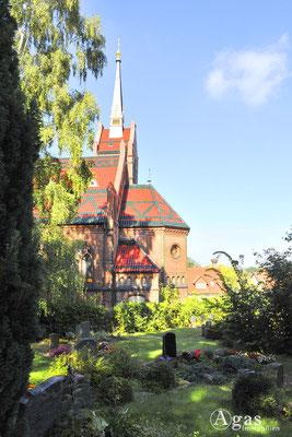 Potsdam-Golm - Die neugotische Ev. Kaiser-Friedrich-Kirche (2)