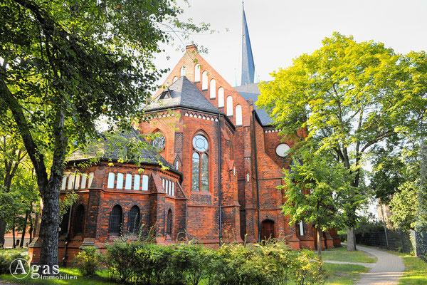 Berlin-Rummelsburg - Ev. Paul-Gerhardt-Kirche, Chorseitig