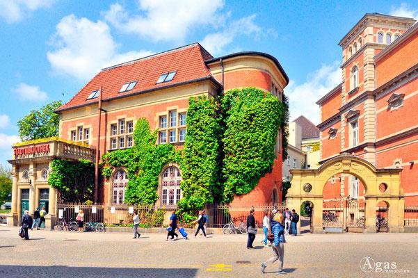 Immobilienmakler Berlin-Spandau - Bezirkszentralbibliothek Spandau