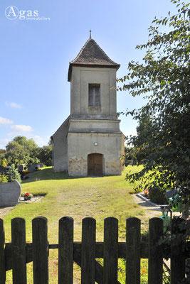 Potsdam-Golm -  Die alte Dorfkirche aus dem 13. Jahrhundert unterhalb des Reiherberges