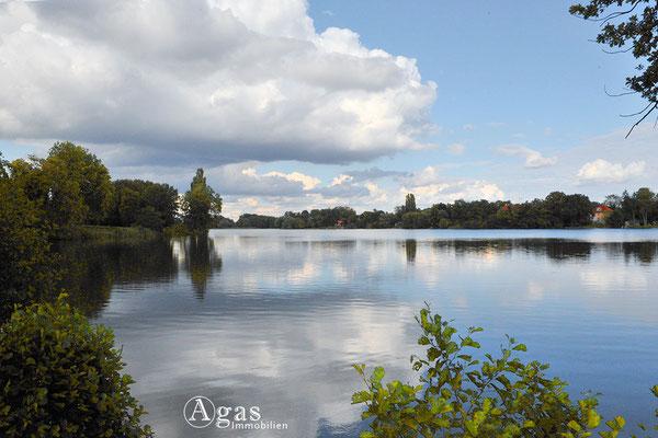Der heilige See im Neuen Garten in Potsdam