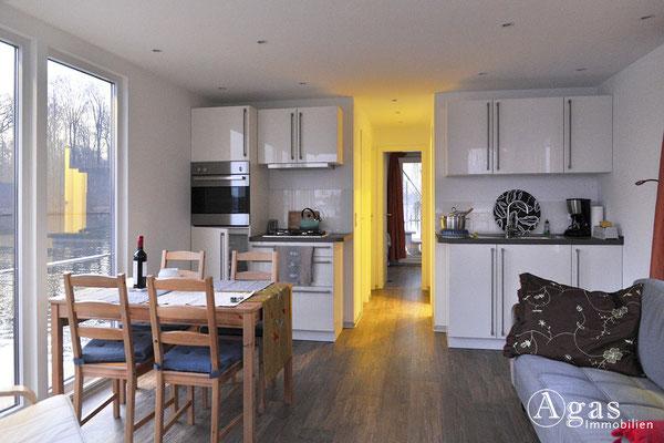 Ihr Hausboot - Salon mit Küchenzeile