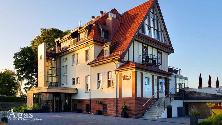 Makler Wildau - Villa am See mit Trauzimmer (Standesamt Königs Wusterhausen)