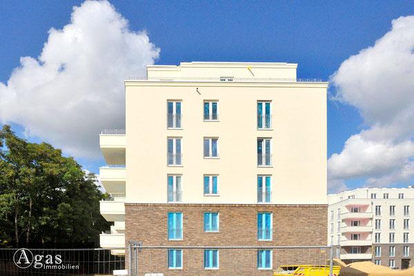 Brunnen Viertel Potsdam - Neubaufassade in der Brunnenallee