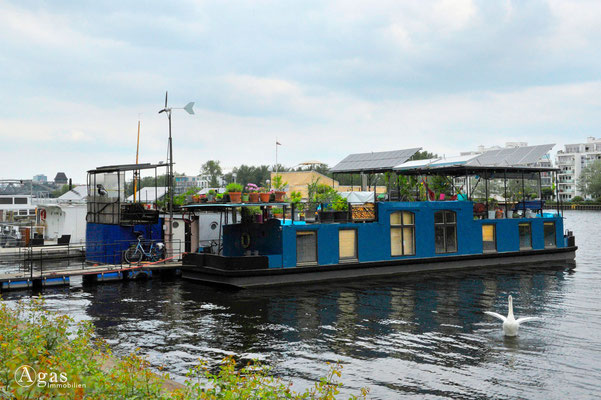 Hausboote in Berlin & Brandenburg am Liegeplatz (13)