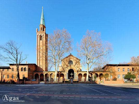 Immobilienmakler Berlin-Moabit - St. Johanneskirche, Berlin-Moabit