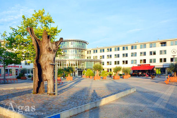 Makler - Ludwigsfelde Rathausplatz