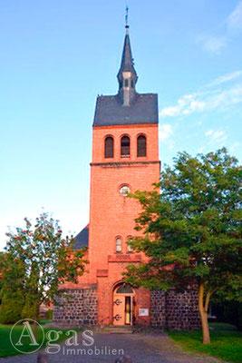 Immobilienmakler Stolzenhagen - Kirche 2