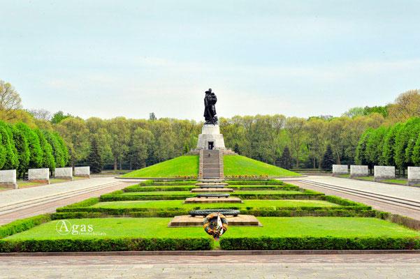 Berlin-Treptow - Sowjetisches Ehrenmal im Treptower Park
