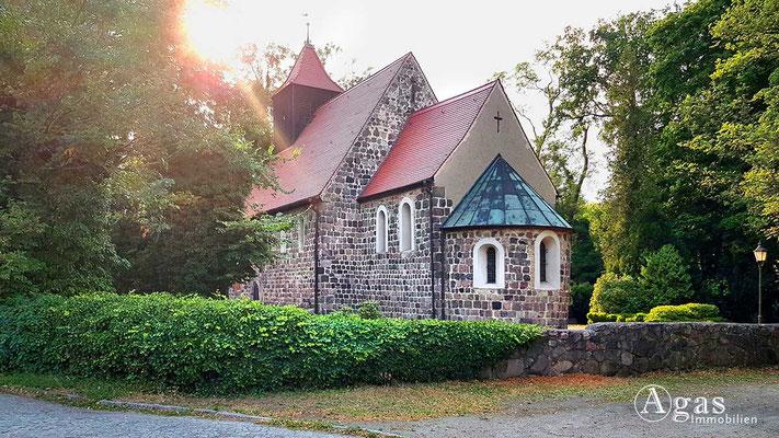 Makler Stahnsdorf - Ev. Dorfkirche Stahnsdorf