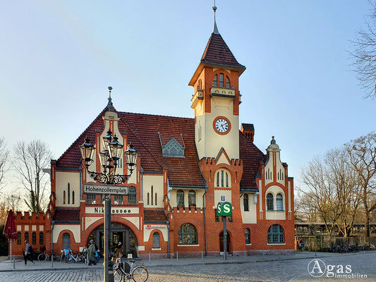 Immobilienmakler Nikolassee - Historische S-Bahnstation Nikolassee