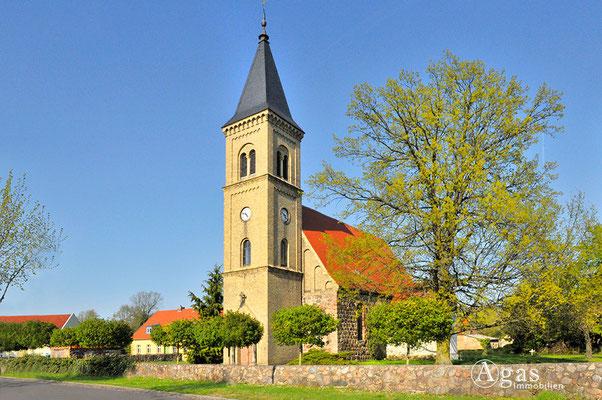 Schönfließ - mittelalterliche Dorfkirche (1375)