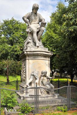 Prenzlauer Berg - Alois Senefelder - Denkmal des Erfinders der Lithographie