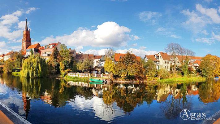 Makler Rathenow - Panorama über den Stadtkanal Am Alten Hafen