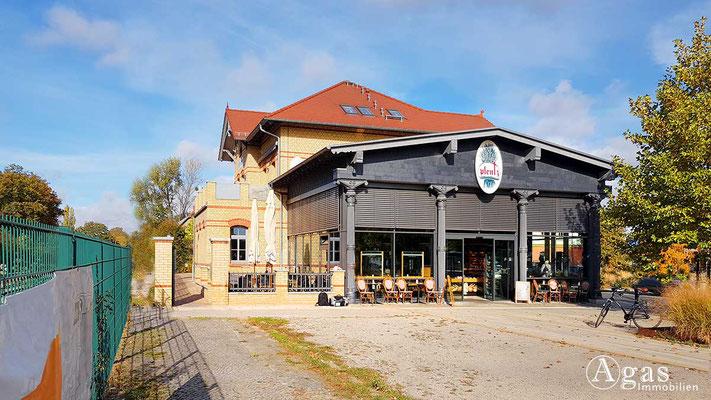 Makler Velten - Bahnhof Velten (Mark)  mit Restaurant