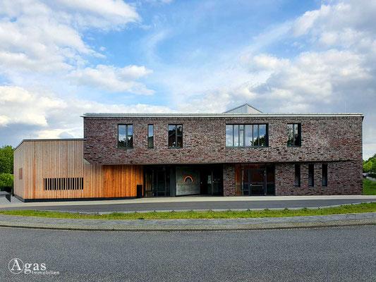 Immobilienmakler Hennigsdorf - Regenbogenschule Hennigsdorf