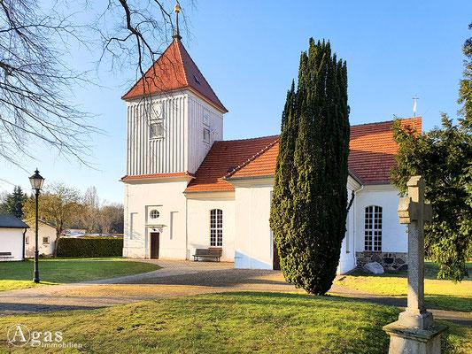 Immobilienmakler Berlin-Staaken - Ev. Dorfkirche Alt-Staaken
