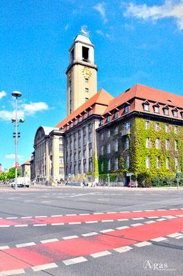Immobilienmakler Berlin-Spandau - Rathaus Spandau, Bürgeramt (1)