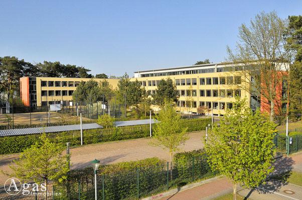 Hohen Neuendorf - Marie-Curie-Gymnasium