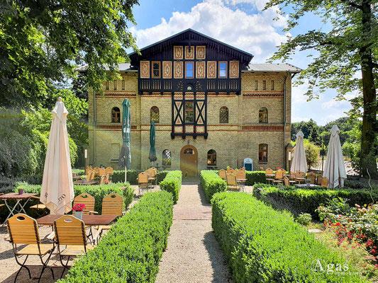 Immobilienmakler Neukölln - Buchholz Restaurant im Gutshof Britz  Alt-Britz 81