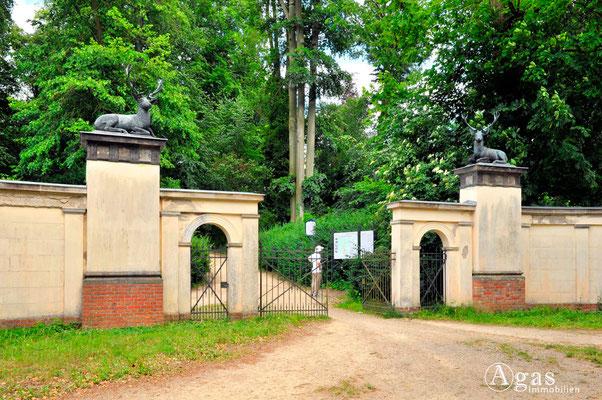 Berlin-Wannsee - Eingang zum Volkspark Klein-Glienicke