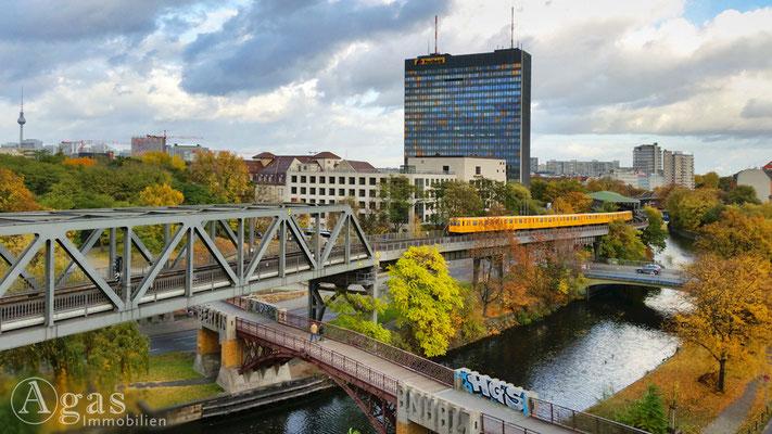 Makler Friedrichshain-Kreuzberg - Blick auf die U2 am Landwehrkanal
