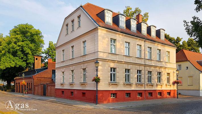 Immobilienmakler Teltow - Altes Rathaus am Marktplatz