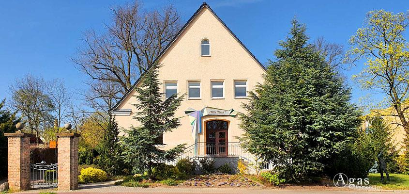"Immobilienmakler Blankenfelde-Mahlow - Festsaal ""Alte Aula"""