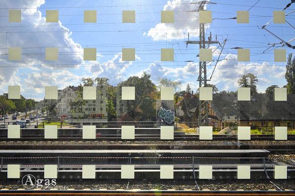 Berlin-Karlshorst - S-Bahn Karlshorst Fussgängerbrücke über die Treskowallee (1)