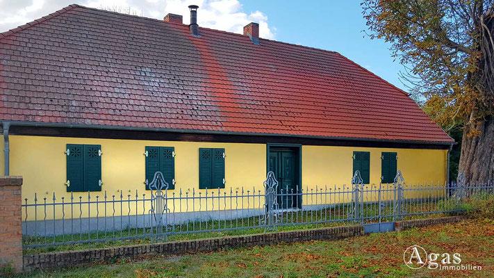 Makler Klosterfelde - Denkmalgeschütztes einstöckiges Wohnhaus