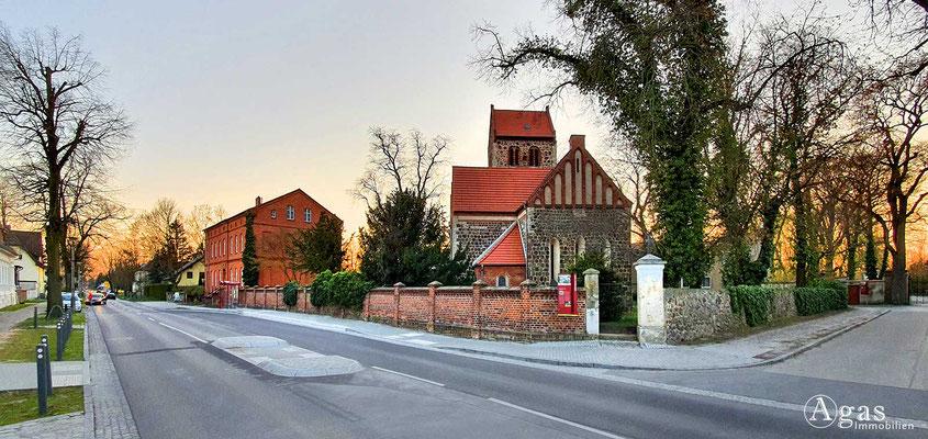 Immobilienmakler Neuenhagen - Alte Dorfkirche (Nord)