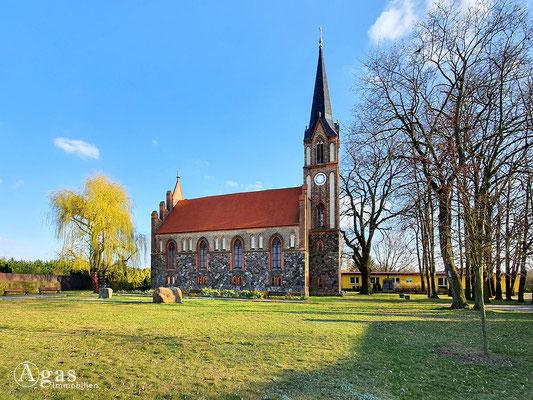 Immobilienmakler Tauche - Ev. Neogotische Kirche (nach Stüler)