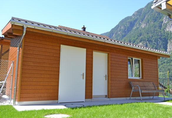 Gartenhaus mit Tannenschalung gehobelt