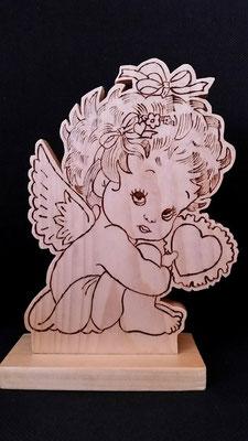 ein Engelchen mit Lasur für den Aussenbereich