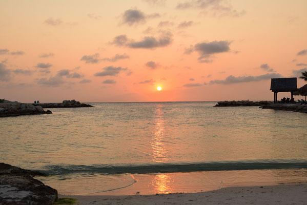 4. Mambo beach
