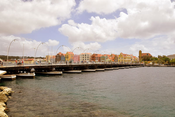 54. Willemstad