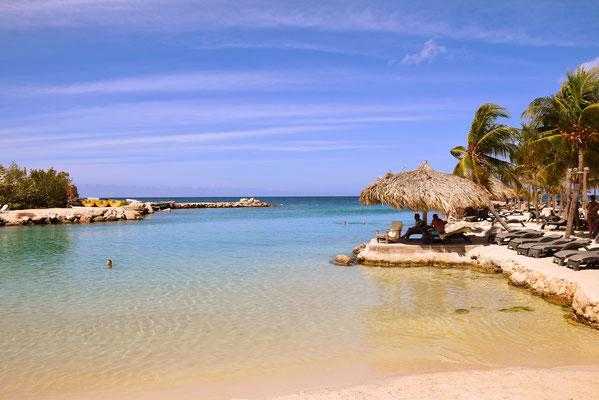 65. Mambo beach