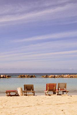 66. Mambo beach